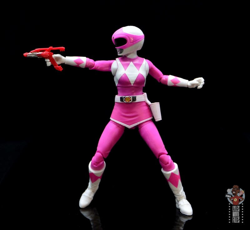 power rangers lightning collection pink ranger figure review - aiming blaster