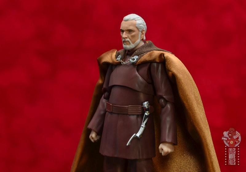 sh figuarts count dooku figure review -cape and cloak detail