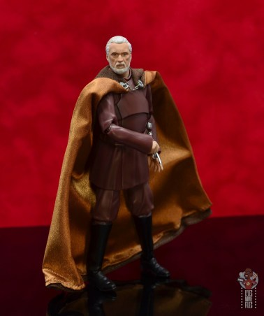 sh figuarts count dooku figure review - reaching for lightsaber