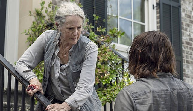 the walking dead open your eyes review - carol and daryl
