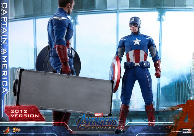 hot toys avengers endgame captain america 2012 figure -facing off with 2012 cap