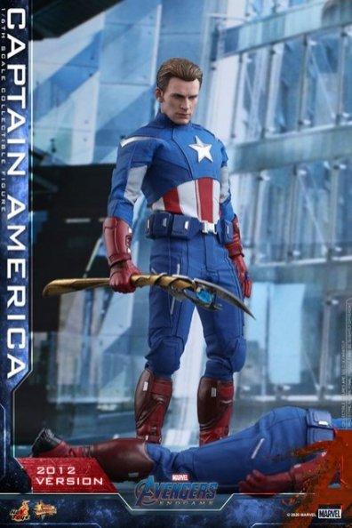 hot toys avengers endgame captain america 2012 figure - holding loki's scepter