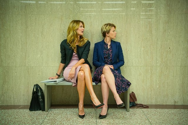 marriage story review - laura dern and scarlett johansson