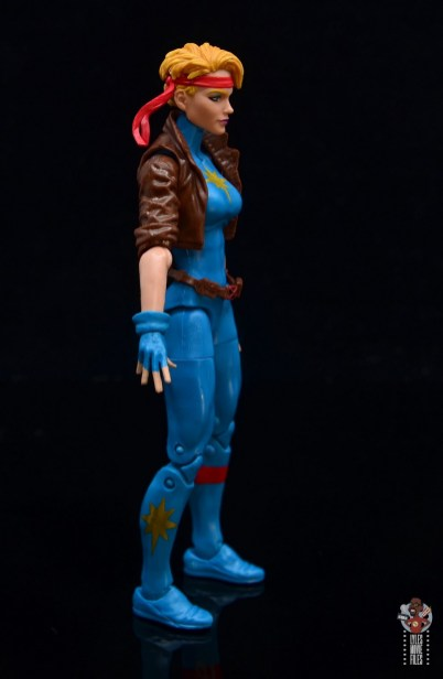marvel legends dazzler figure review - right side