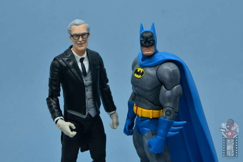 dc multiverse alfred figure review - alan napier alfred with batman