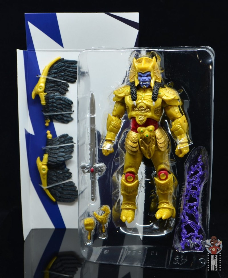 power rangers lightning collection goldar figure review - accessories in tray