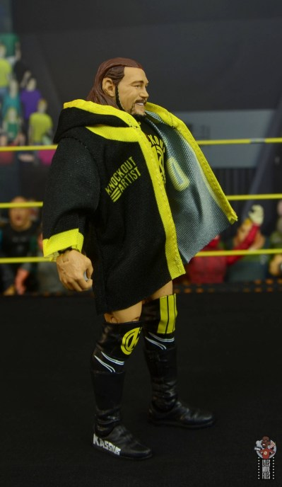 wwe elite 70 kassius ohno figure review -robe right side