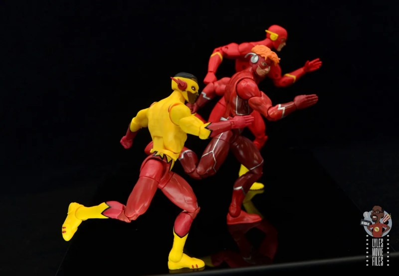 dc multiverse wally west figure review - running side by side with kid flash and the flash