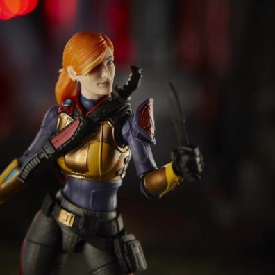 gi joe classified scarlett figure - outfit detail