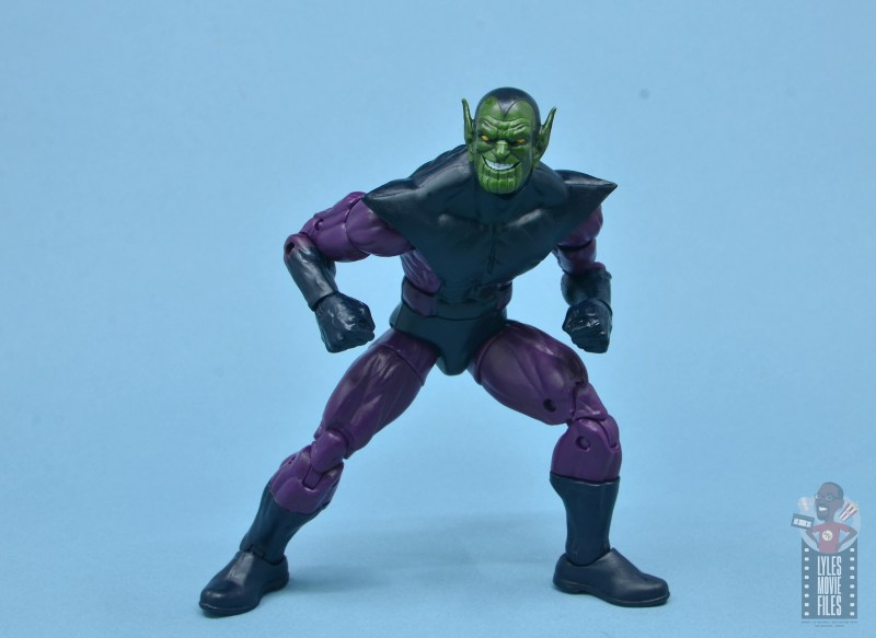 marvel legends build-a-figure super skrull figure review - crouching