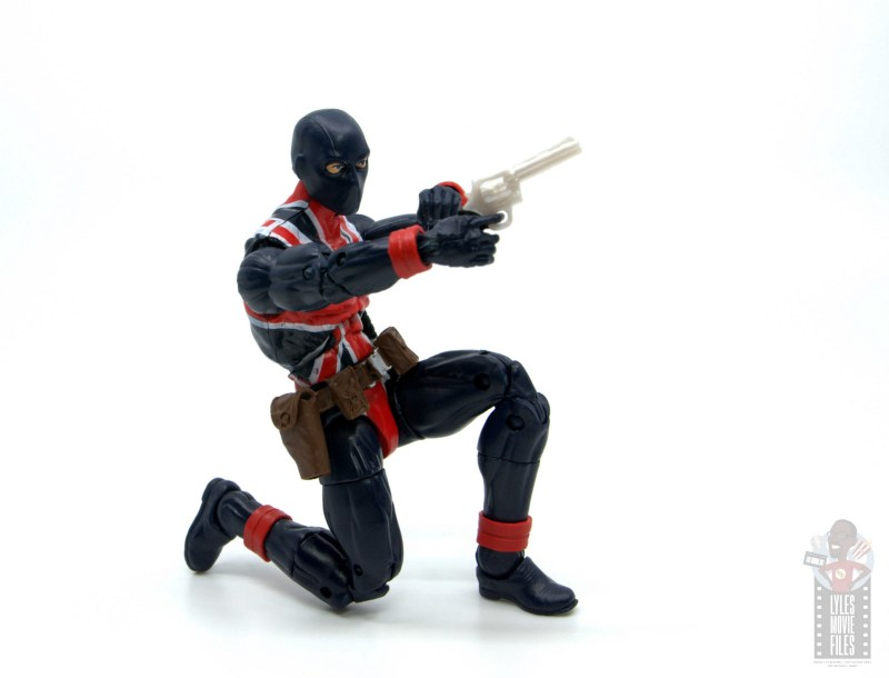 marvel legends union jack figure review - kneeling to take the shot