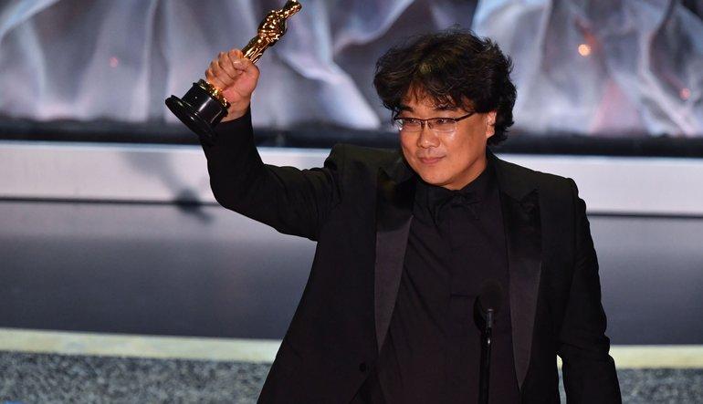 oscars 2020 - bong joon ho parasite wins best director