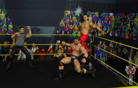 wwe ultimate edition shinsuke nakamura figure review - top rope kinshasa to bobby roode