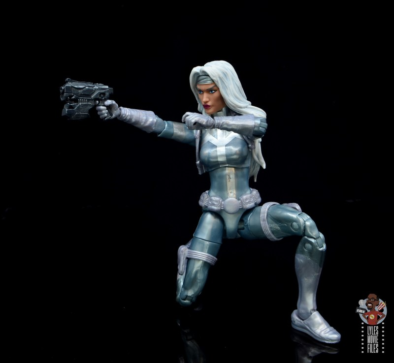 marvel legends silver sable figure review -crouching and aiming