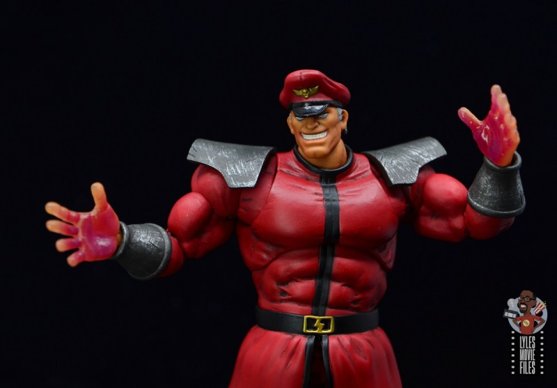 storm collectibles street fighter m. bison figure review - glowing hands