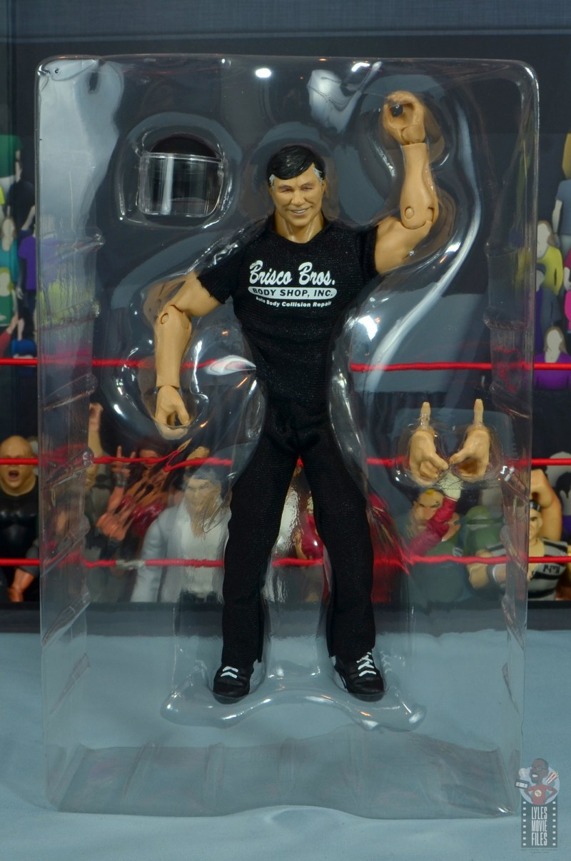 wwe elite gerald brisco figure review -in tray with accessories
