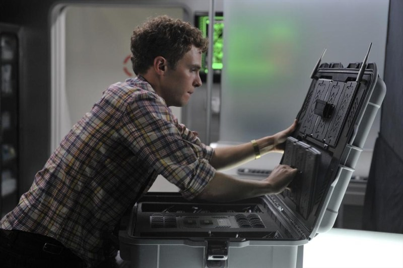 agents-of-shield-0-8-4-review-fitz