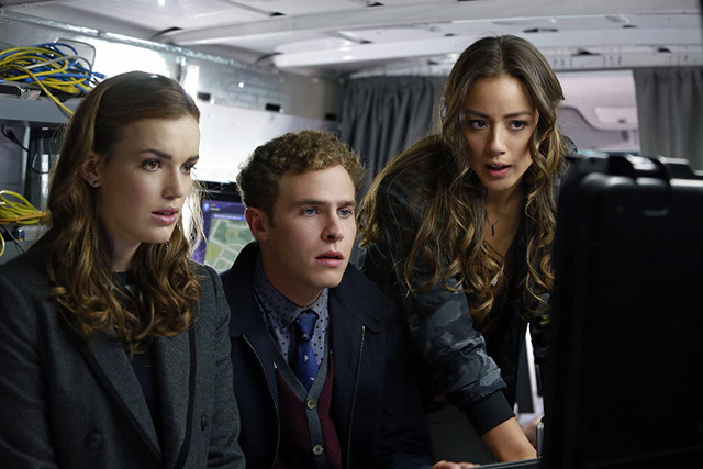 agents of shield eye spy review - fitzsimmons and skye