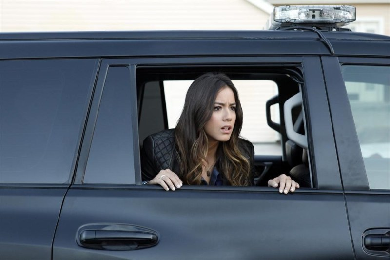 agents-of-shield-repairs-review-skye