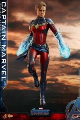 hot toys avengers endgame captain marvel -energy effects