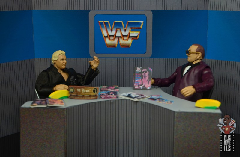wwe elite 72 gorilla monsoon figure review - arguing with the brain on prime time