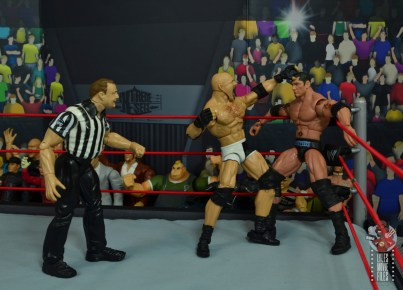 wwe elite #74 goldberg figure review - punching batista in the corner