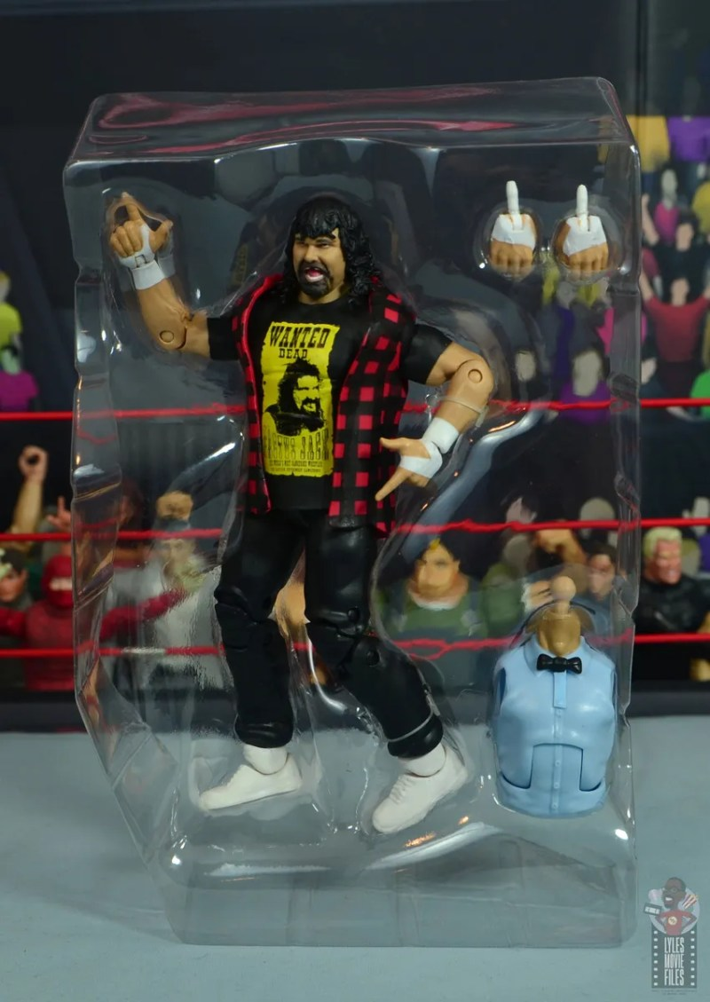 wwe wrestlemania 34 elite mick foley figure review - accessories in package