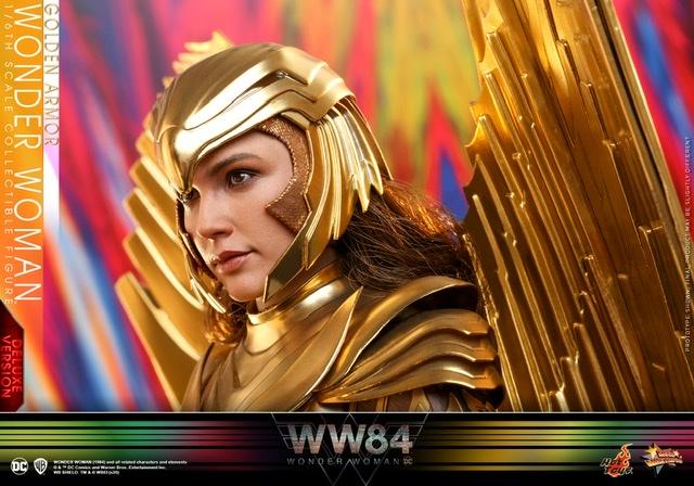 hot Toys Wonder Woman 1984 golden armor figure -helmet close up