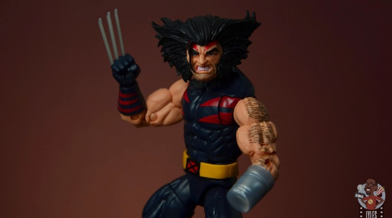 marvel legends age of apocalypse weapon x figure review - main pic