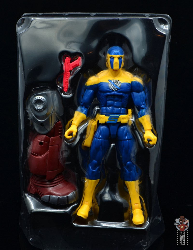 marvel legends spymaster figure review - accessories in tray