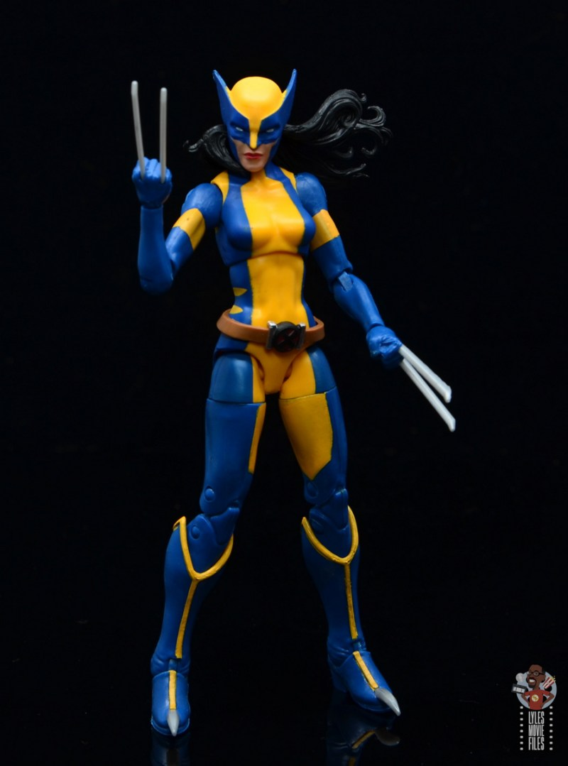 marvel legends wolverine figure review -claw up