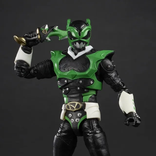 power rangers lightning collection space psycho green ranger - close up