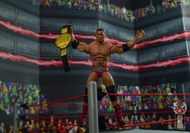 wwe elite hall of champions batista figure review - on corner with world title