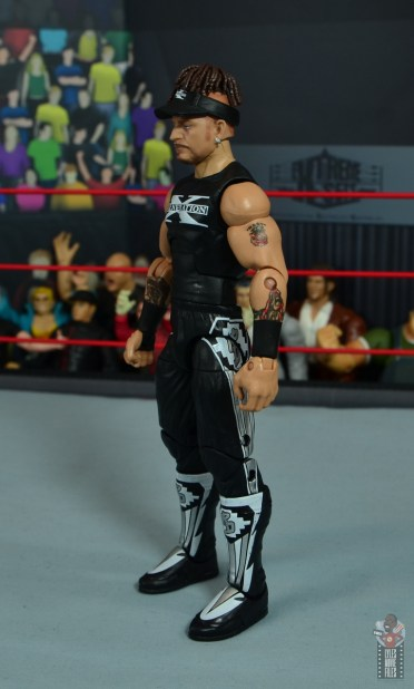 wwe elite hall of champions road dogg figure review - left side