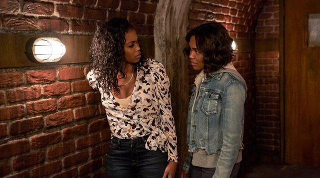 Black-Lightning-Book-of-Secrets-Chapter-Four-Original-Sin review - anissa and jenn