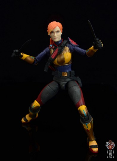 gi joe classified scarlett figure review - deep stance with knives out
