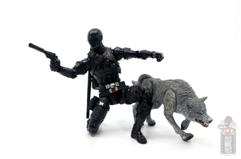 gi joe classified series snake eyes figure review - ready for action with timber