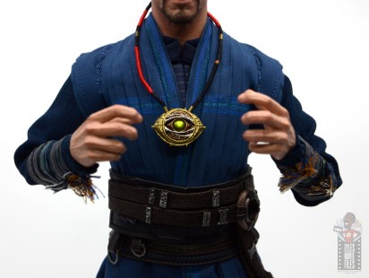 hot toys avengers infinity war doctor strange figure review -opened eye of agamatto