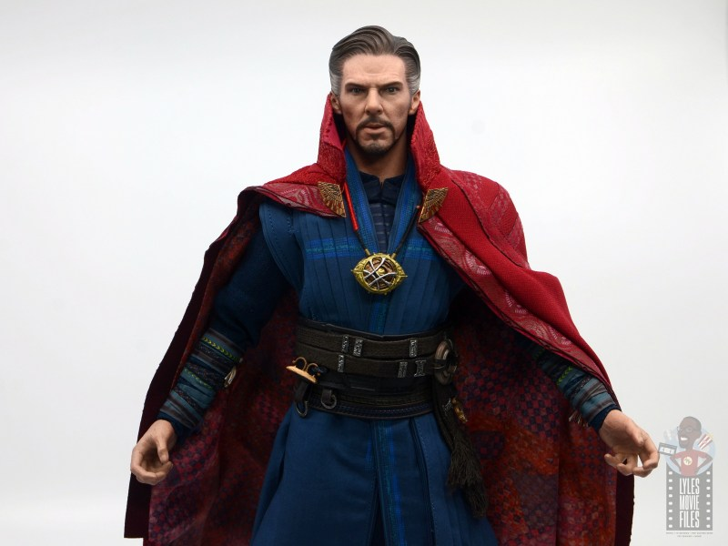 hot toys avengers infinity war doctor strange figure review -wide shot with cloak