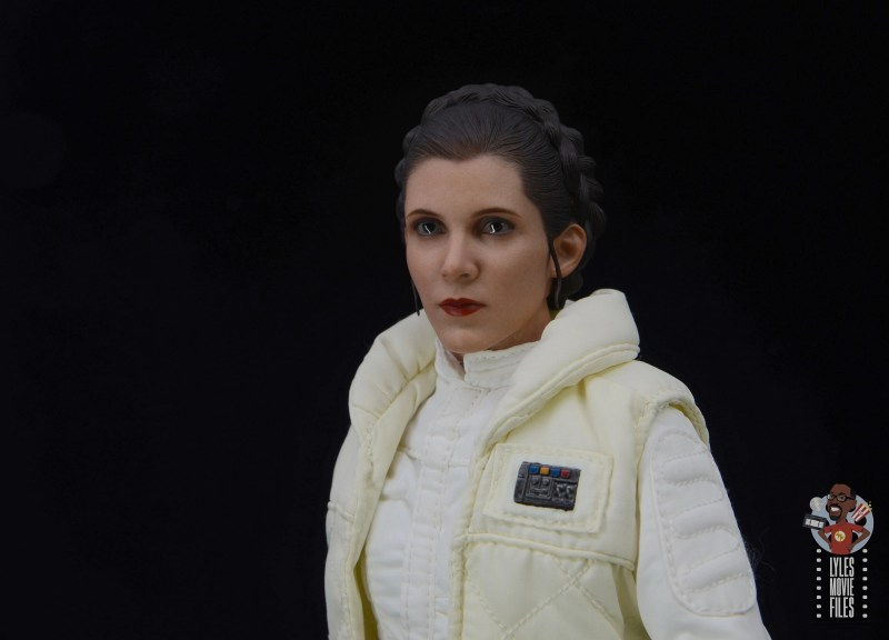 hot toys star wars hoth princess leia figure review - close up