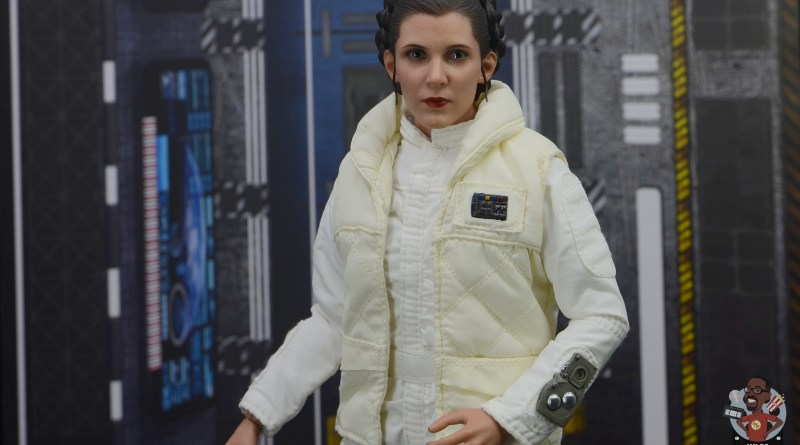 hot toys star wars hoth princess leia figure review -main pic