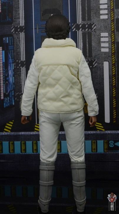 hot toys star wars hoth princess leia figure review - rear