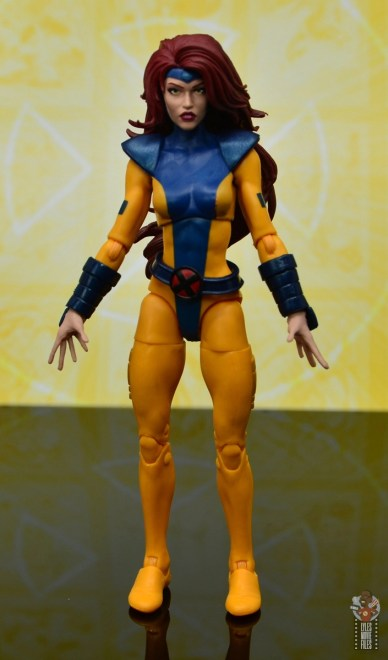 marvel legends cyclops, jean grey and wolverine set review - jean grey front