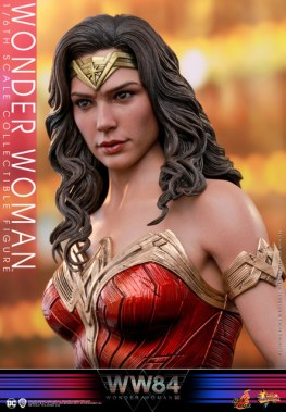 hot toys wonder woman 1984 figure - looking to the side
