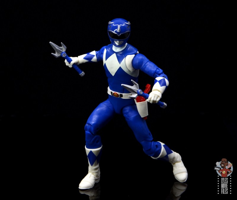 power rangers lightning collection blue ranger figure review - separated staves