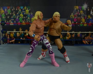 wwe elite 78 superstar billy graham figure review - forearm smash to dusty rhodes
