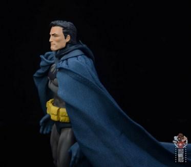 mafex hush batman figure review - bruce wayne head sculpt side