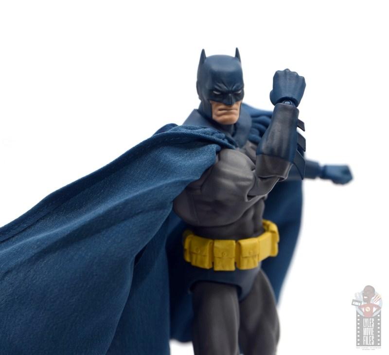 mafex hush batman figure review -glove detail