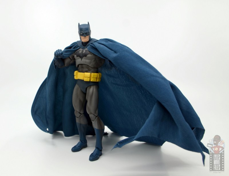 mafex hush batman figure review -raising up cape
