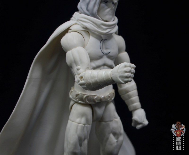marvel legends moon knight figure review - glove detail